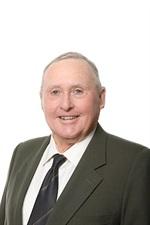 Cr Greg Brown