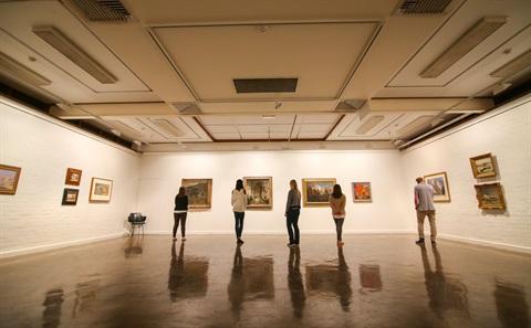 MAC gallery.jpg