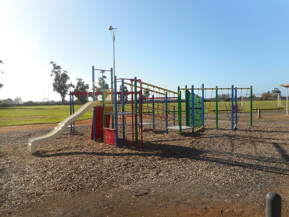 Nichols Point Reserve plyground equipment